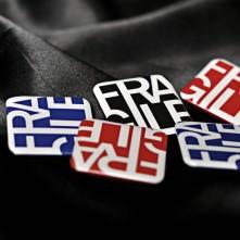 Odznak Fragile, Čierna