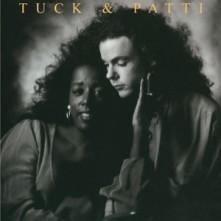 CD TUCK & PATTI - LOVE WARRIORS